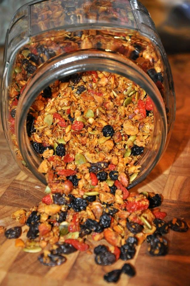 SUPERFRUIT GRANOLA (GRAIN FREE!)