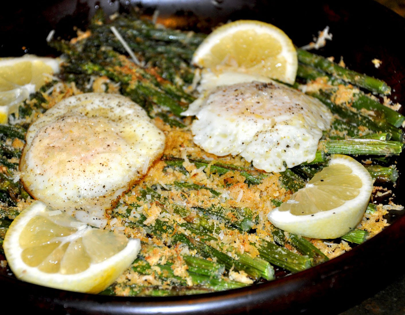 CRISPY CHEESY LEMON ASPARAGUS WITH FIRED EGGS